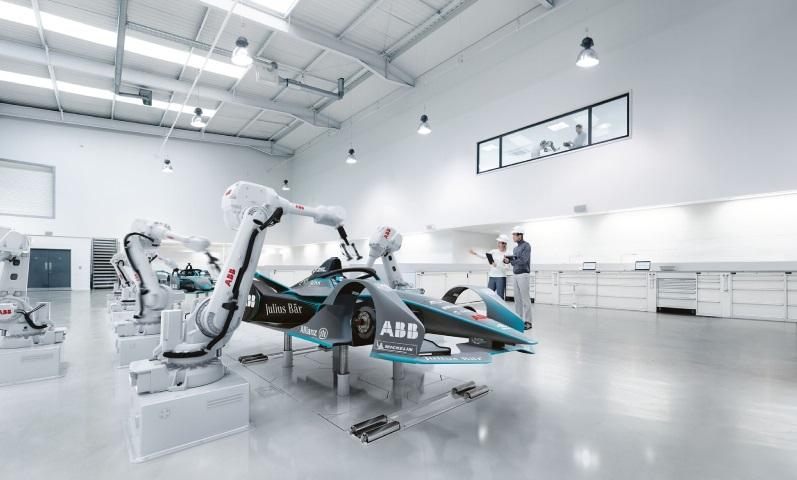 Robot công nghiệp ABB - Tổng hợp các dòng Robot ABB phổ biến nhất hiện nay